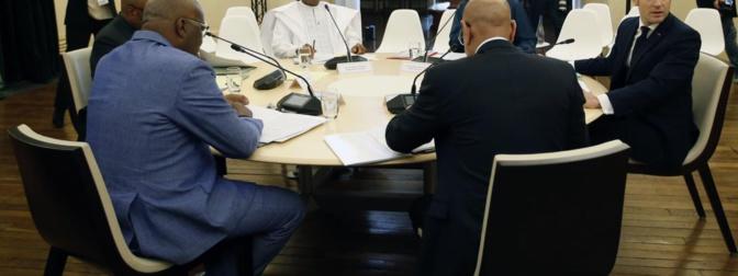 Sahel: Macron annonce l'envoi de 220 soldats français supplémentaires