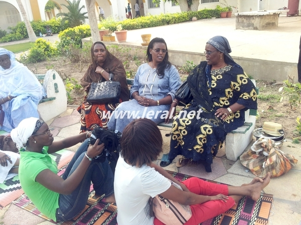 La  Première Dame à l'Hôpital Principal de Dakar