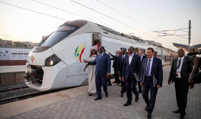 Un an après son inauguration, le Train Express Régional ne roule toujours pas...