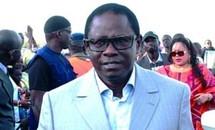 Don d'un appareil de dépistage à Ouakam: Pape Diop œuvre dans le social