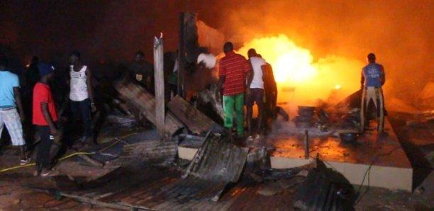 Urgent: Le foirail de Sicap Mbao en feu