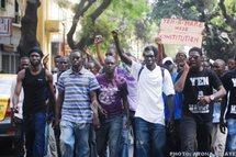 Le Sénégal : Une jeunesse dangereuse pour l'avenir du pays ?