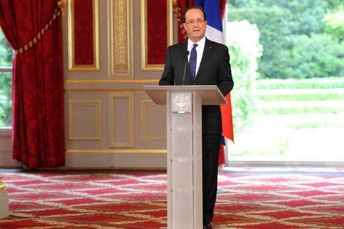 """Hollande : """"Je ne déciderai pas de tout pour tout"""""""