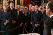 Veille de fête à la mairie de Paris