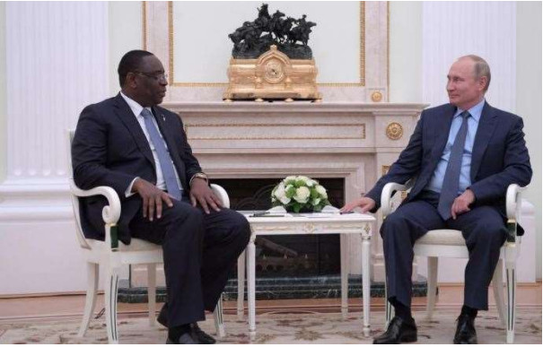 Le président sénégalais Macky SALL reçu par son homologue russe Vladimir Poutine