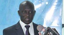Dernière minute: Serigne Mbacké Ndiaye dément l'information faisant état du blocage de la délégation du président Wade à l'aéroport(rewmi.com)