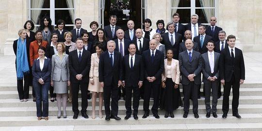 France: Bataille de chiffres autour de la réduction des salaires des ministres