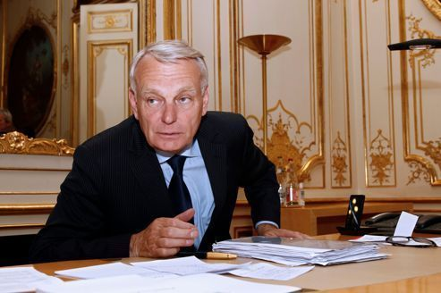 Rythmes scolaires : Ayrault promet une «concertation»