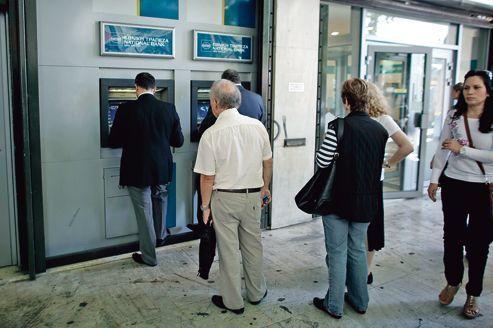 La crise de la Grèce secoue les pays voisins
