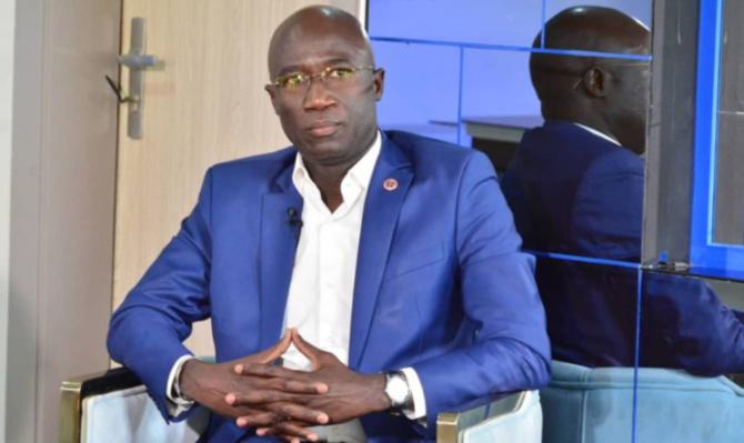 Doing Business 2020 : Me Moussa Sarr reçoit de la Banque mondiale, un certificat de reconnaissance