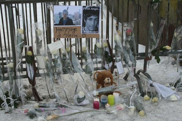 Bombe en Italie: une lycéenne tuée