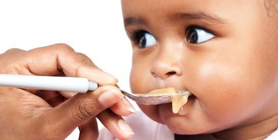 Les aliments à éviter pour un bébé de moins d'un an