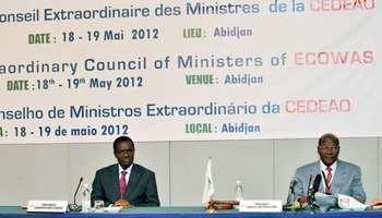 Crise au Mali : accord signé pour une période de transition de 12 mois