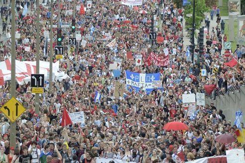 Manifestation pour la liberté de manifester à Montréal