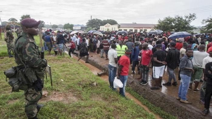 Malawi: Des manifestants cadenassent les bureaux de la commission électorale