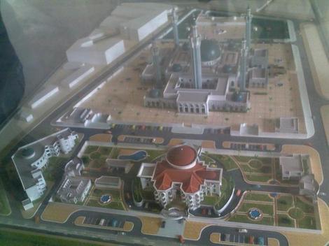 La Maquettes de la Grande Mosquée de Massalikoul Jinan à Touba colobane