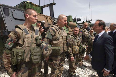 François Hollande en visite surprise en Afghanistan