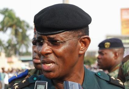 Côté d'Ivoire: le général Mangou nommé ambassadeur au Gabon