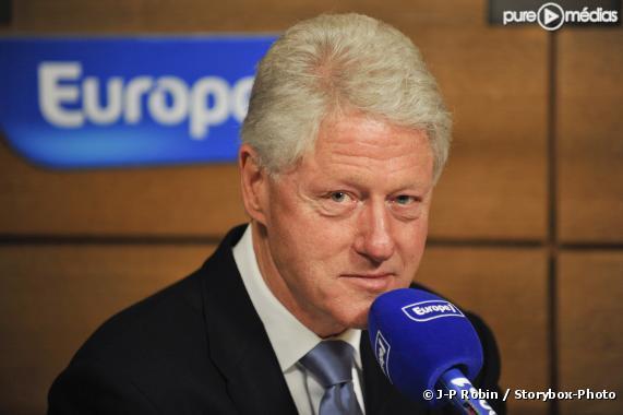 Bill Clinton défend des politiques de croissance face à la crise de l'euro