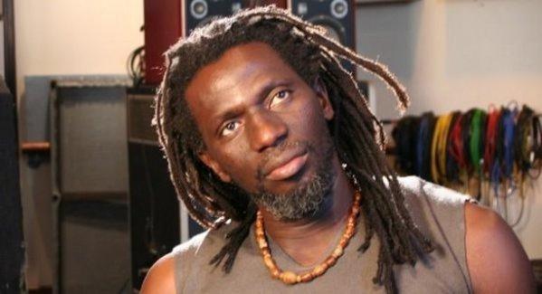 Relations France Afrique, coups d'état: Tiken Jah fait des révélations