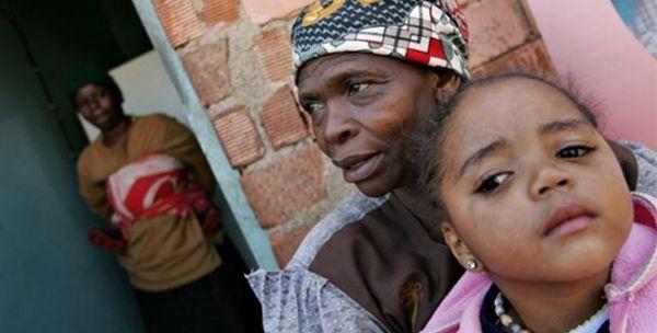 """Quand """" Mame """" l'africaine vole le coeur du fils de """" Yaye """""""