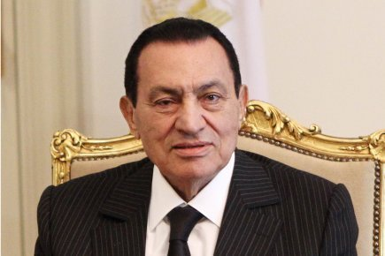 Moubarak condamné à la prison à vie pour les meurtres de manifestants