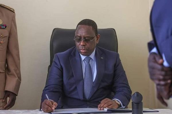 Coronavirus : Macky Sall suspend les missions diplomatiques pour les ministres