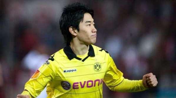 Officiel : Manchester United recrute Shinji Kagawa