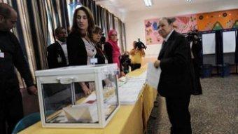 Les partis au pouvoir, grands gagnants des législatives algériennes