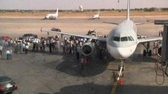 (VIDEO)Les autorités libyennes reprennent le contrôle de l'aéroport de Tripoli