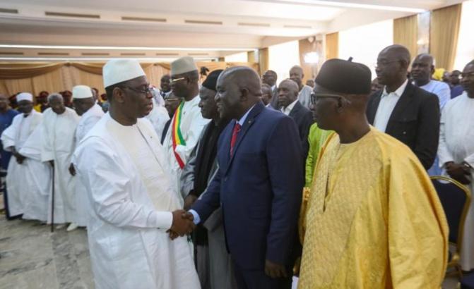 Impasse au Dialogue national: des membres de l'opposition menacent de claquer la porte