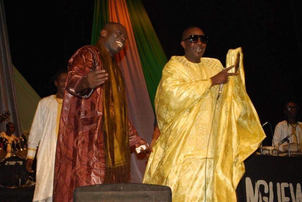 Mbaye Dieye Faye à l'anniversaire du chanteur Assane Ndiaye
