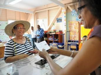 Elections législatives : les Français de l'outre-mer ont commencé à voter