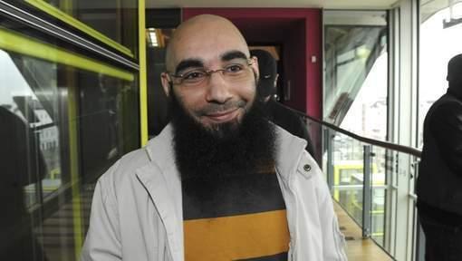Le mandat d'arrêt contre Fouad Belkacem confirmé