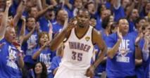 NBA - Durant frappe le premier
