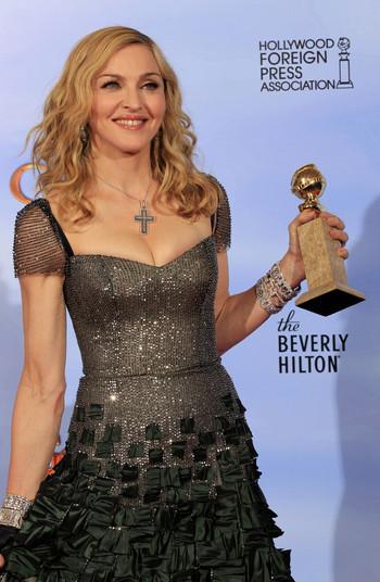Vidéo : Après son sein, Madonna nous montre son popotin !