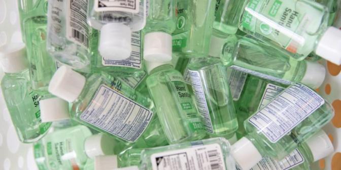 Fabrication de produits antiseptiques illégaux: 8 personnes arrêtées à Pikine par la police