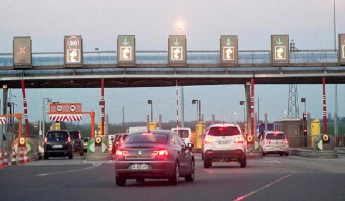 Etat d'urgence: Fermeture imminente des autoroutes à péage