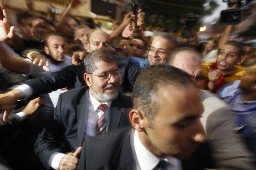 Egypte: Morsi élu président, selon les Frères Musulmans