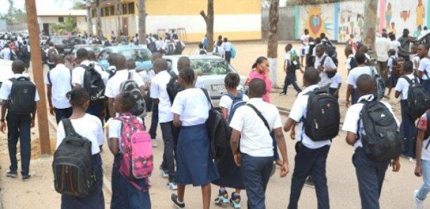 Covid-19 : Macky Sall prolonge les vacances scolaires jusqu'au 4 mai 2020