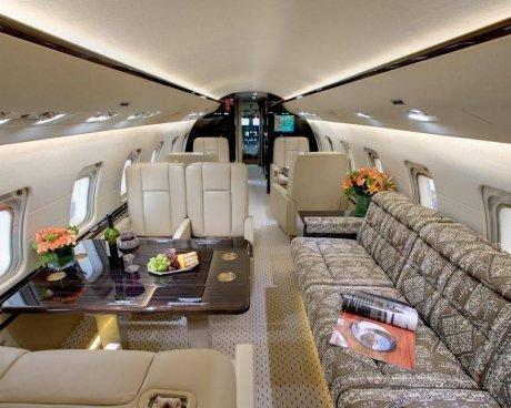Beyoncé offre un jet privé à Jay-Z (photos)