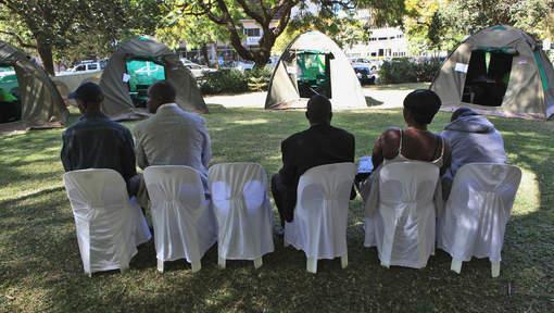 Zimbabwe - Des parlementaires circoncis pour montrer l'exemple