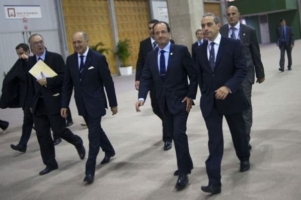 Pas d'armes pour protéger Hollande à Rio