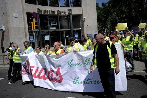 Espagne : les seniors prennent la relève des «indignés»