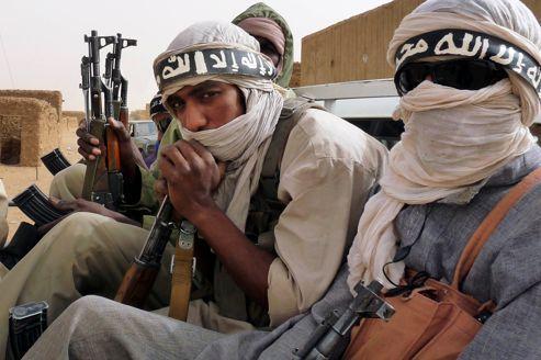 Au Mali, les djihadistes chassent les rebelles touaregs