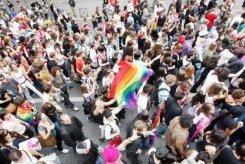 VIH: risque accru chez les homosexuels fréquentant les établissements gay à Paris
