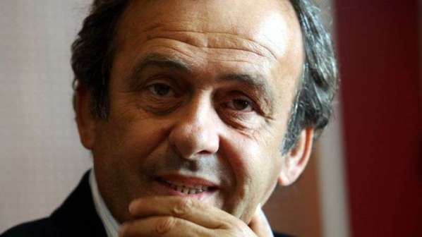 Euro 2012 : Platini juge les Bleus mais n'accable pas Nasri