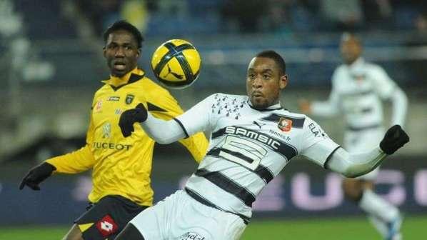 Le Milan AC formule une offre pour un défenseur de L1 !