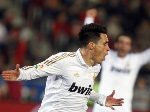 Le joker de luxe du Real Madrid scelle son avenir et rêve de la Roja !