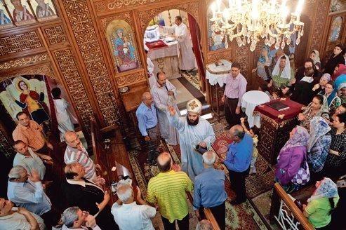 Les coptes entre crainte et vigilance